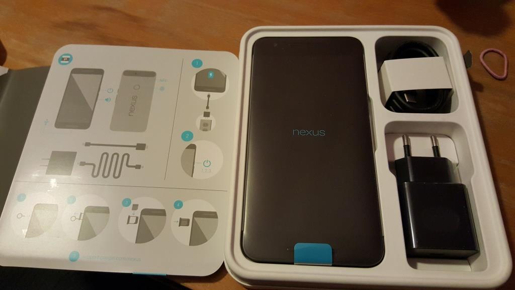 Y'a quoi dans la boite du Nexus 6P ???